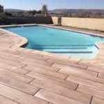 Fleuve Paver installation around the pool