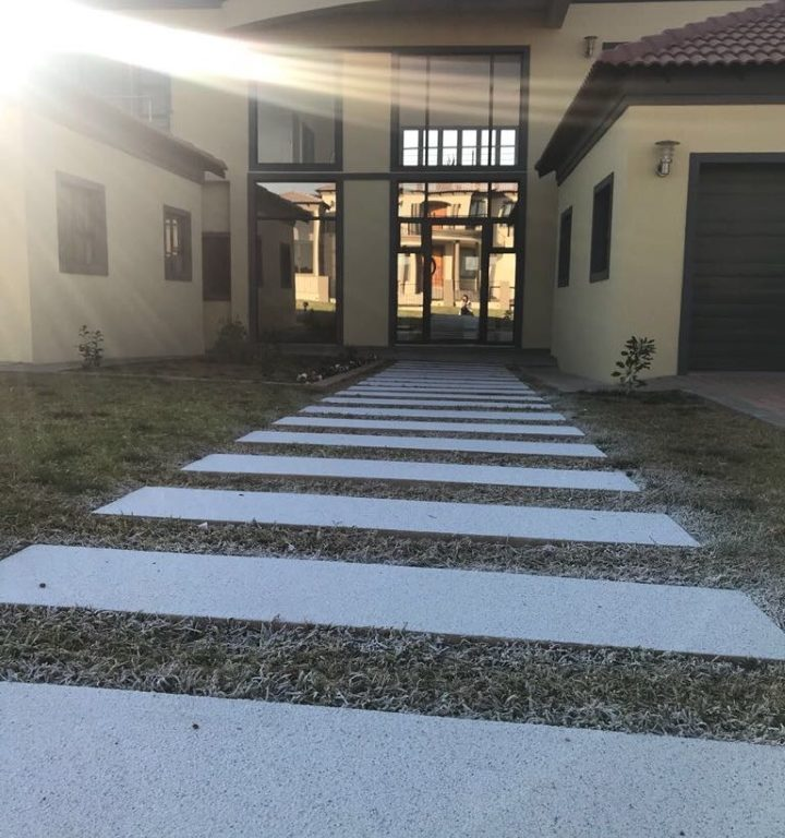 Walkway designed with SmartStone Products
