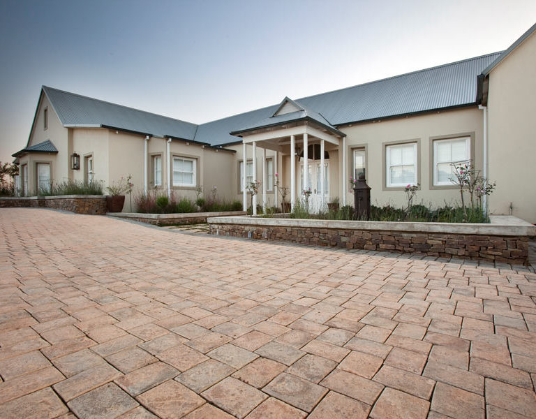 Magalies Paver installed in modern house Paving Advice